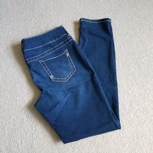 NWOT Maurices Jeans! L-R